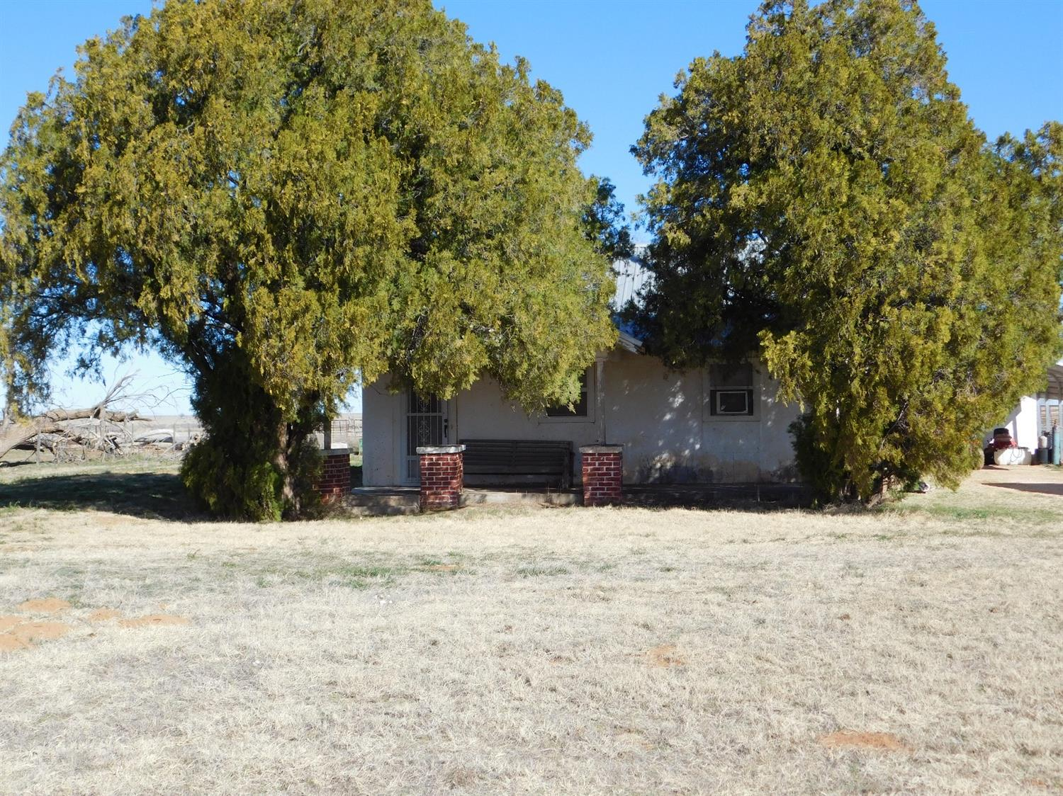 Photo of 1561 County Road 1203  Muleshoe  TX