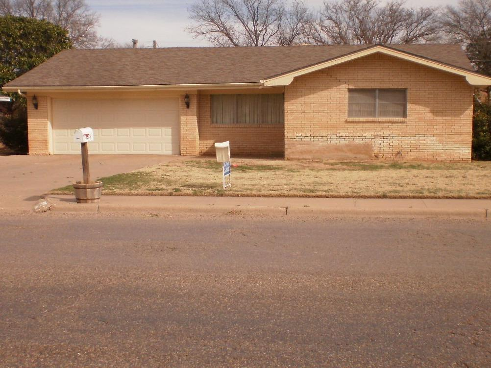 Photo of 2025 College Avenue  Levelland  TX