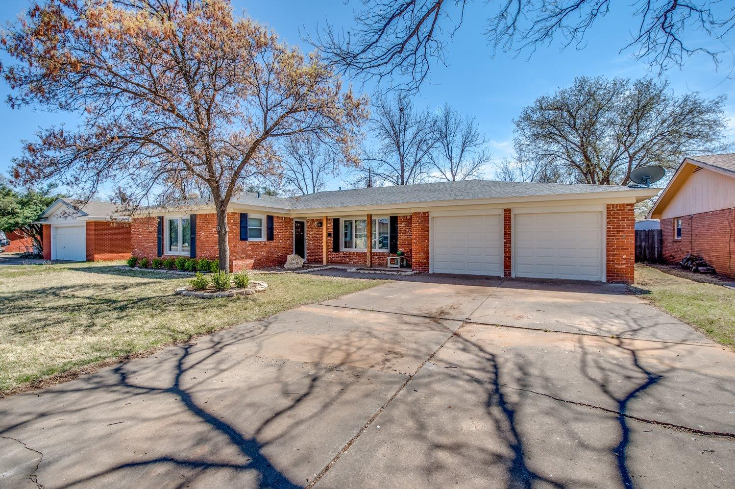 1911 55th Street, Lubbock in Lubbock County, TX 79412 Home for Sale