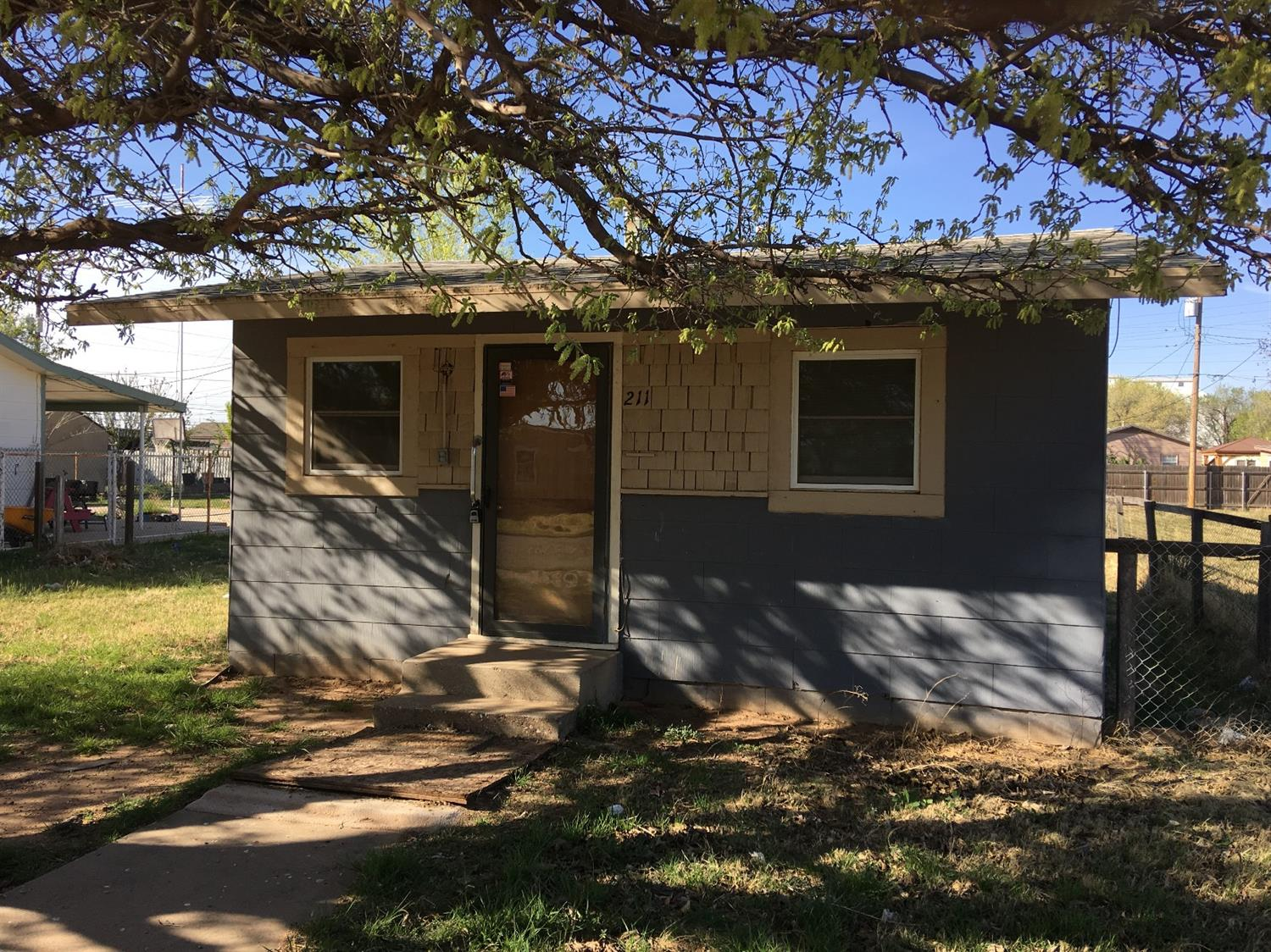 Photo of 211 East 36th  Lubbock  TX