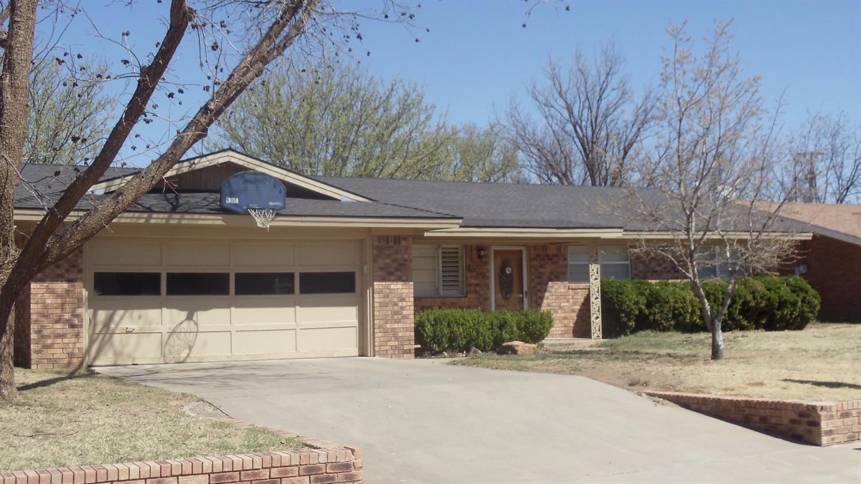 Photo of 109 Willowwood Lane  Levelland  TX