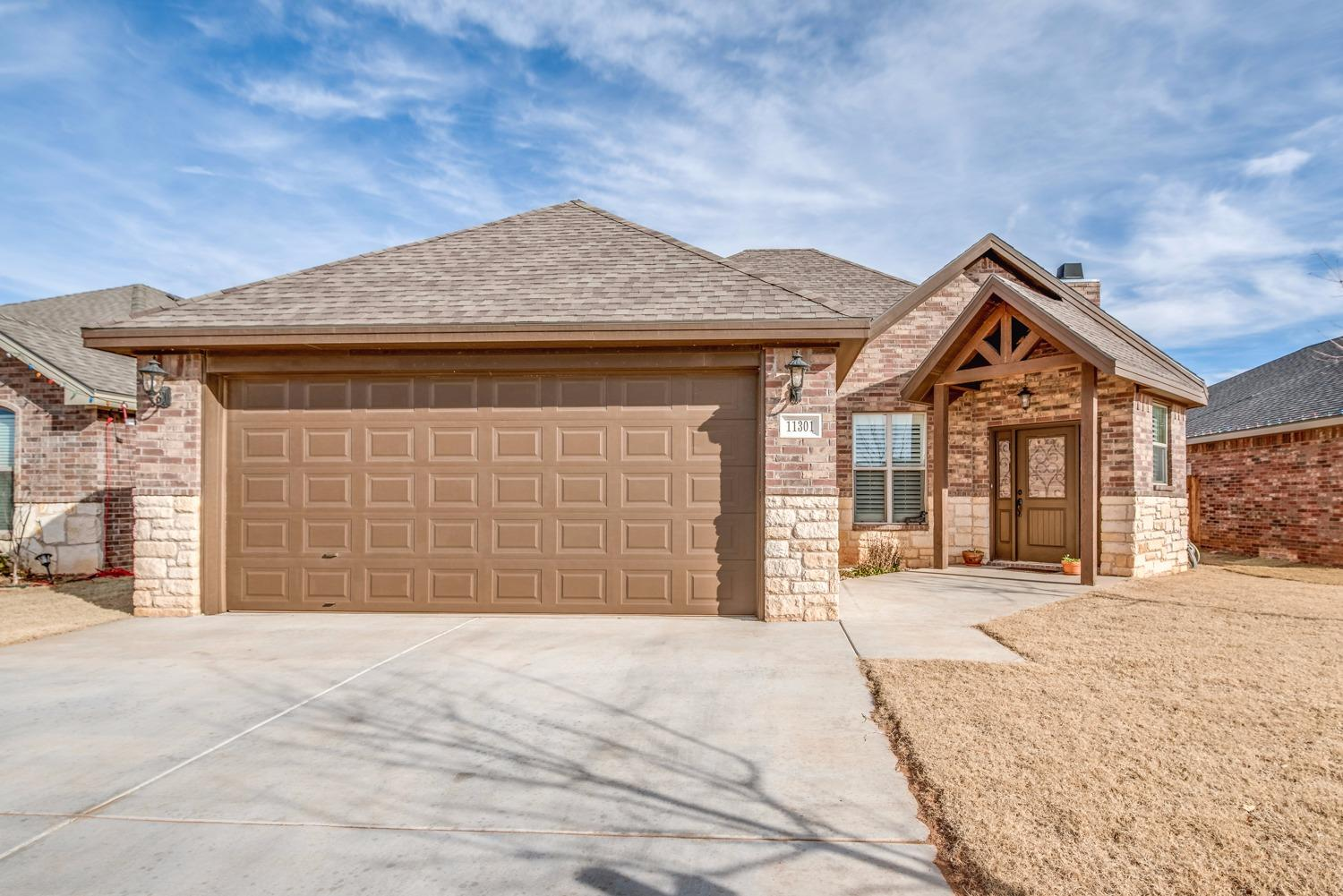 11301 Akron Avenue, Lubbock in Lubbock County, TX 79423 Home for Sale