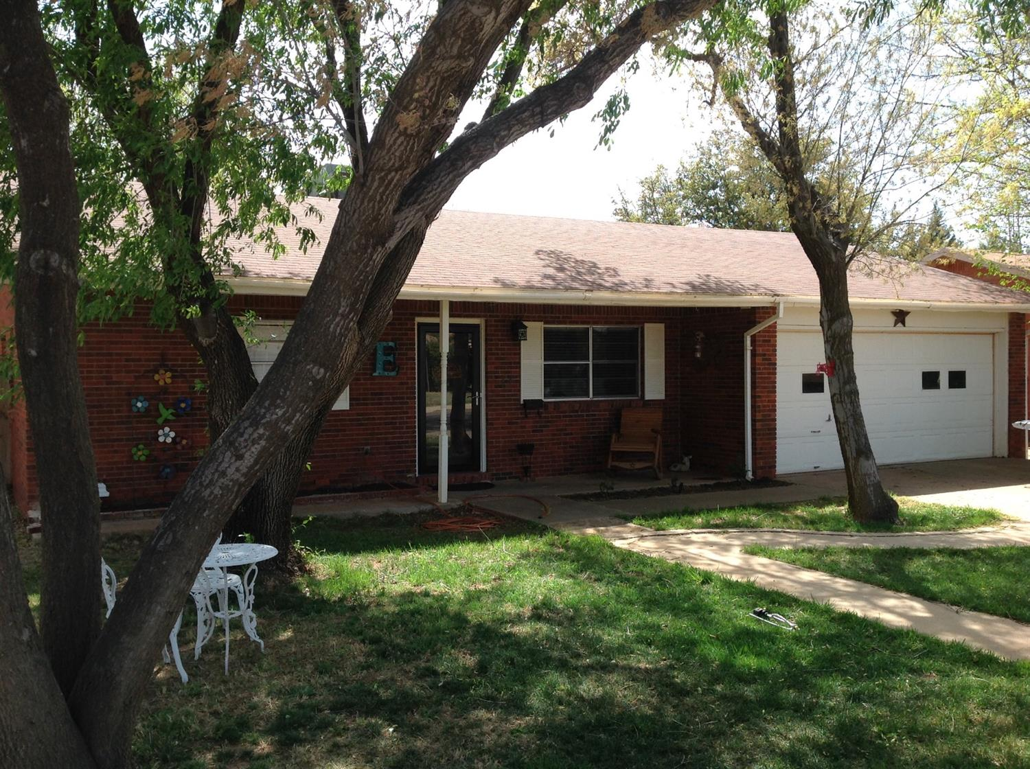 Photo of 1802 East Reppto Street  Brownfield  TX
