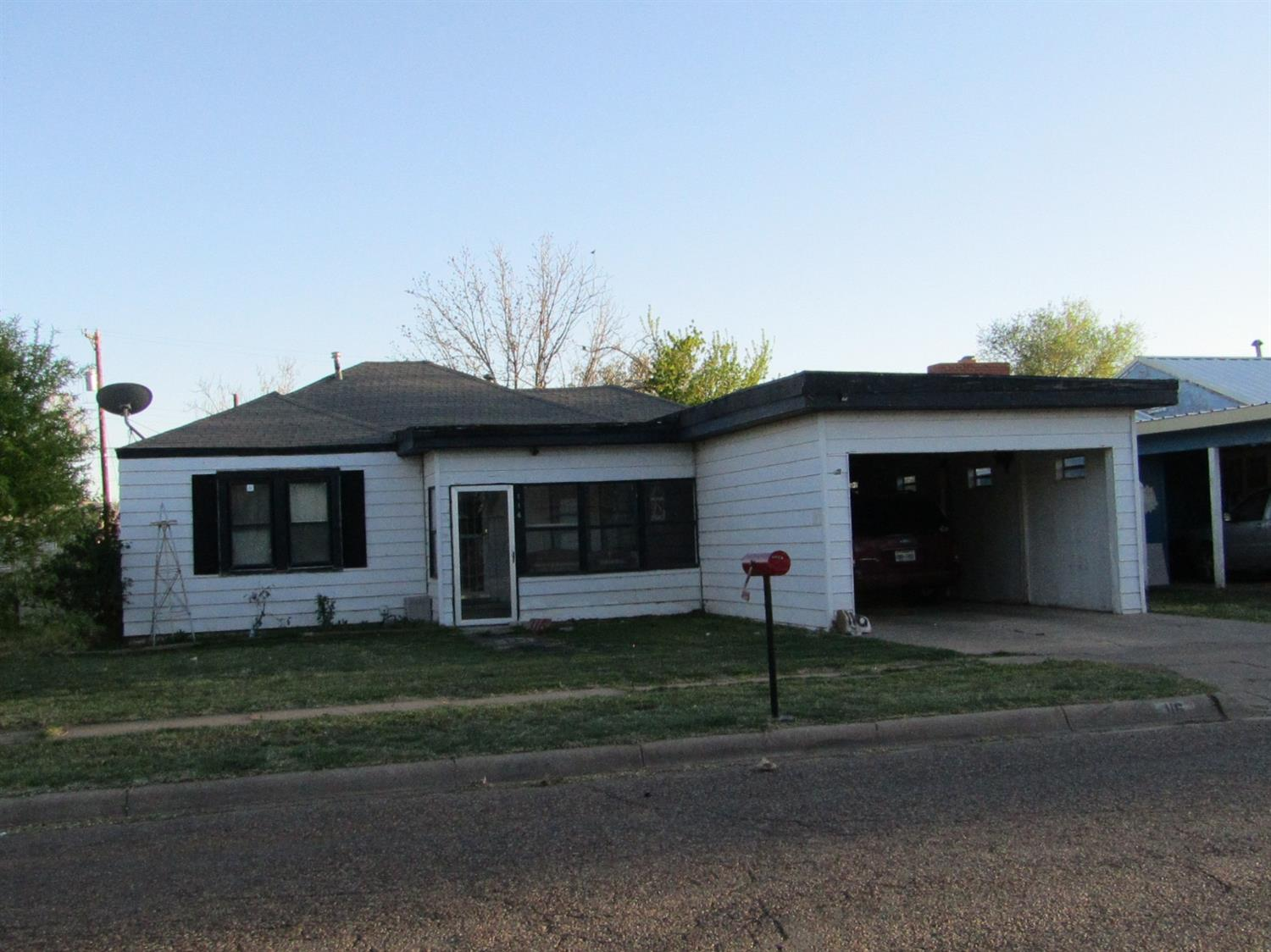 Photo of 116 East 14th  Littlefield  TX