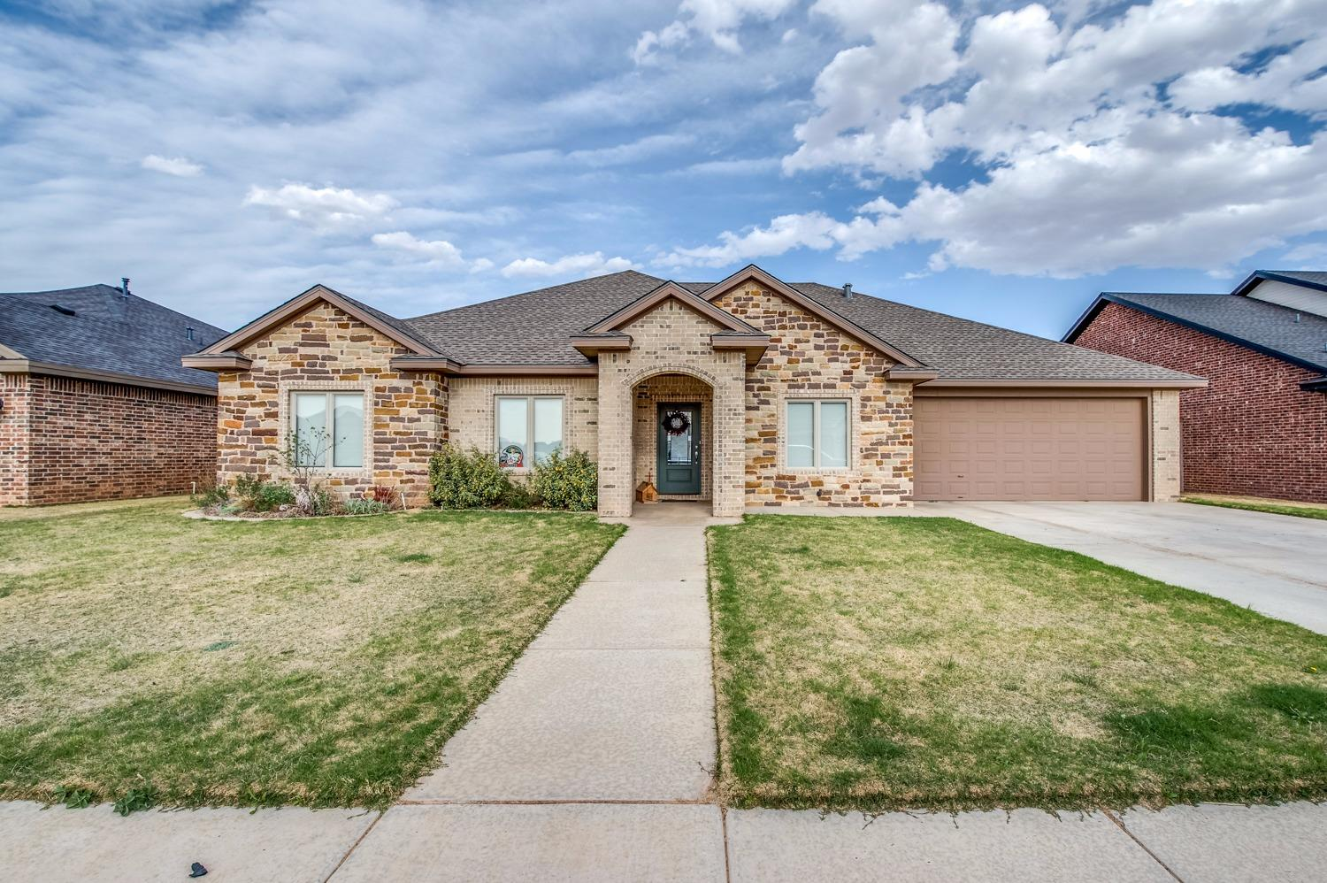 Photo of 508 Avenue T  Shallowater  TX