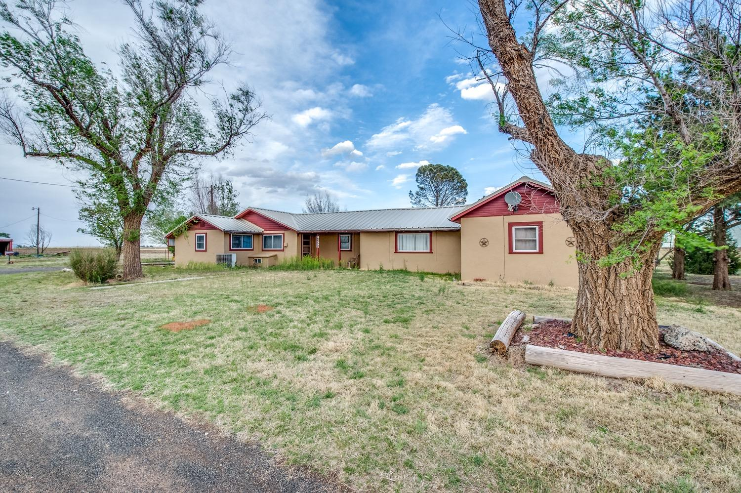 Photo of 2869 County Road 227  Littlefield  TX