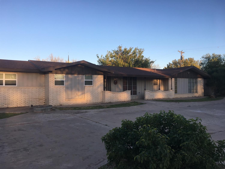 Photo of 1828 Avenue K  Tahoka  TX