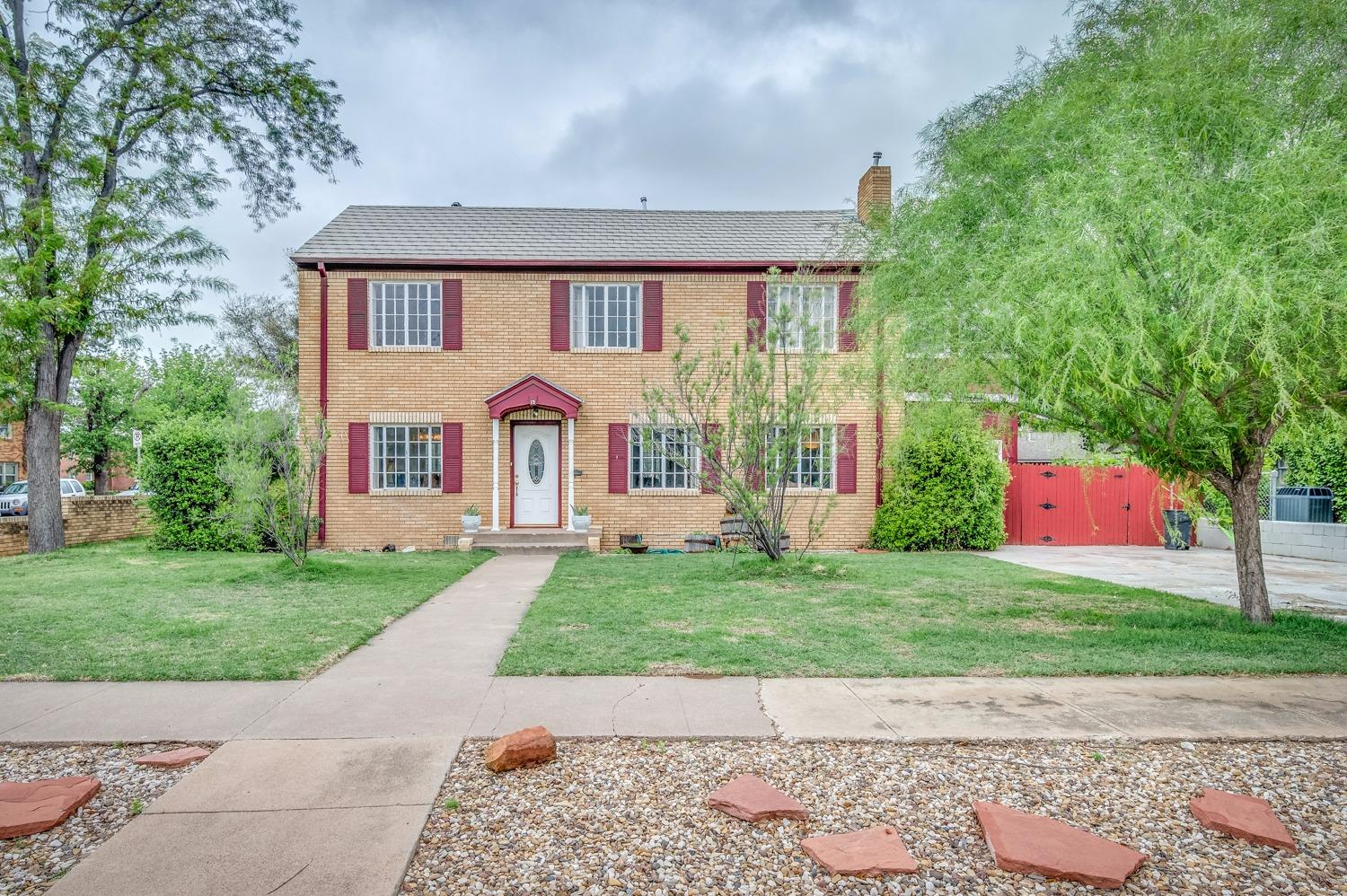 Photo of 2324 17th Street  Lubbock  TX