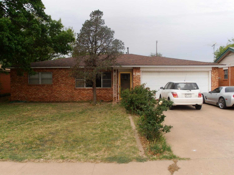 Photo of 136 Elgin Avenue  Levelland  TX