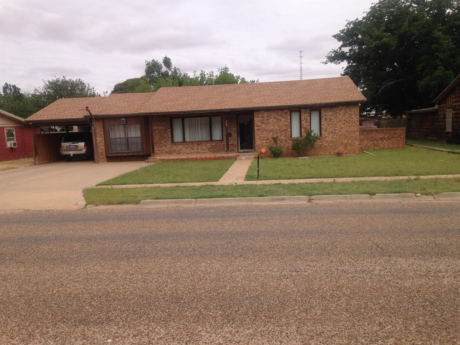 Photo of 208 North 18th Street  Lamesa  TX