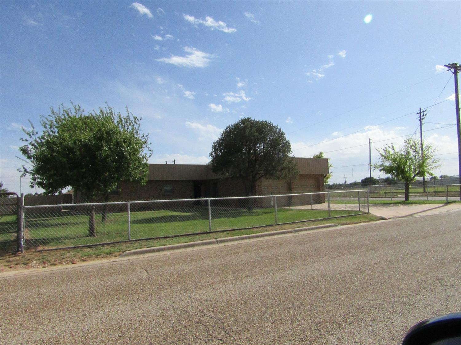 Photo of 1100 East 16th  Littlefield  TX