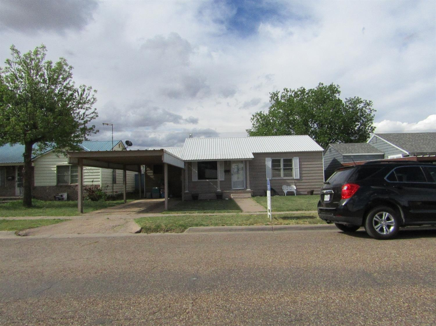 Photo of 215 East 16th  Littlefield  TX