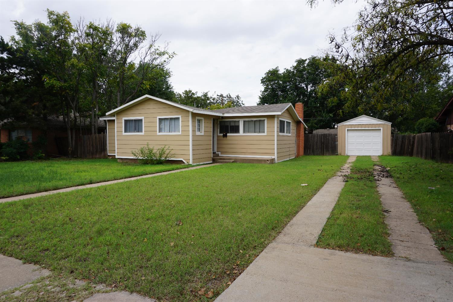 Photo of 3612 42nd Street  Lubbock  TX