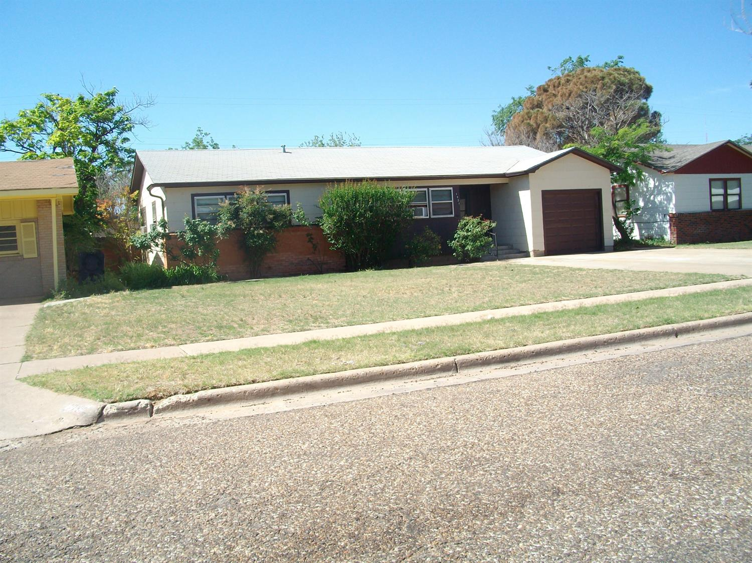 Photo of 1321 60th Street  Lubbock  TX
