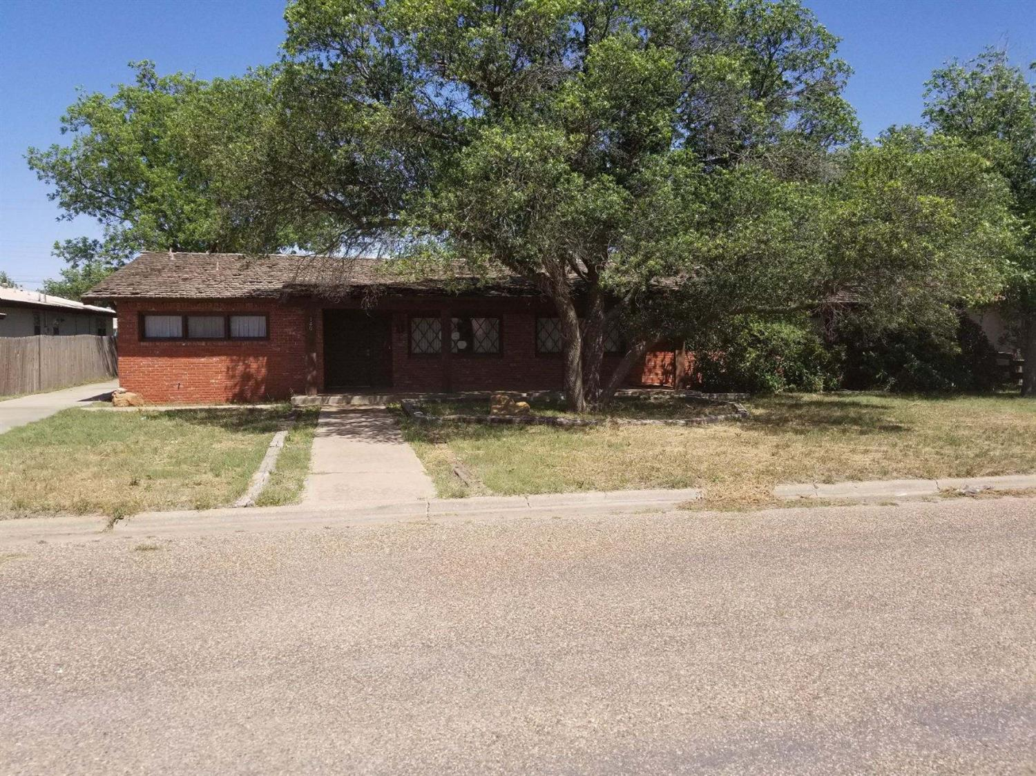 Photo of 1404 Ave K  Ralls  TX