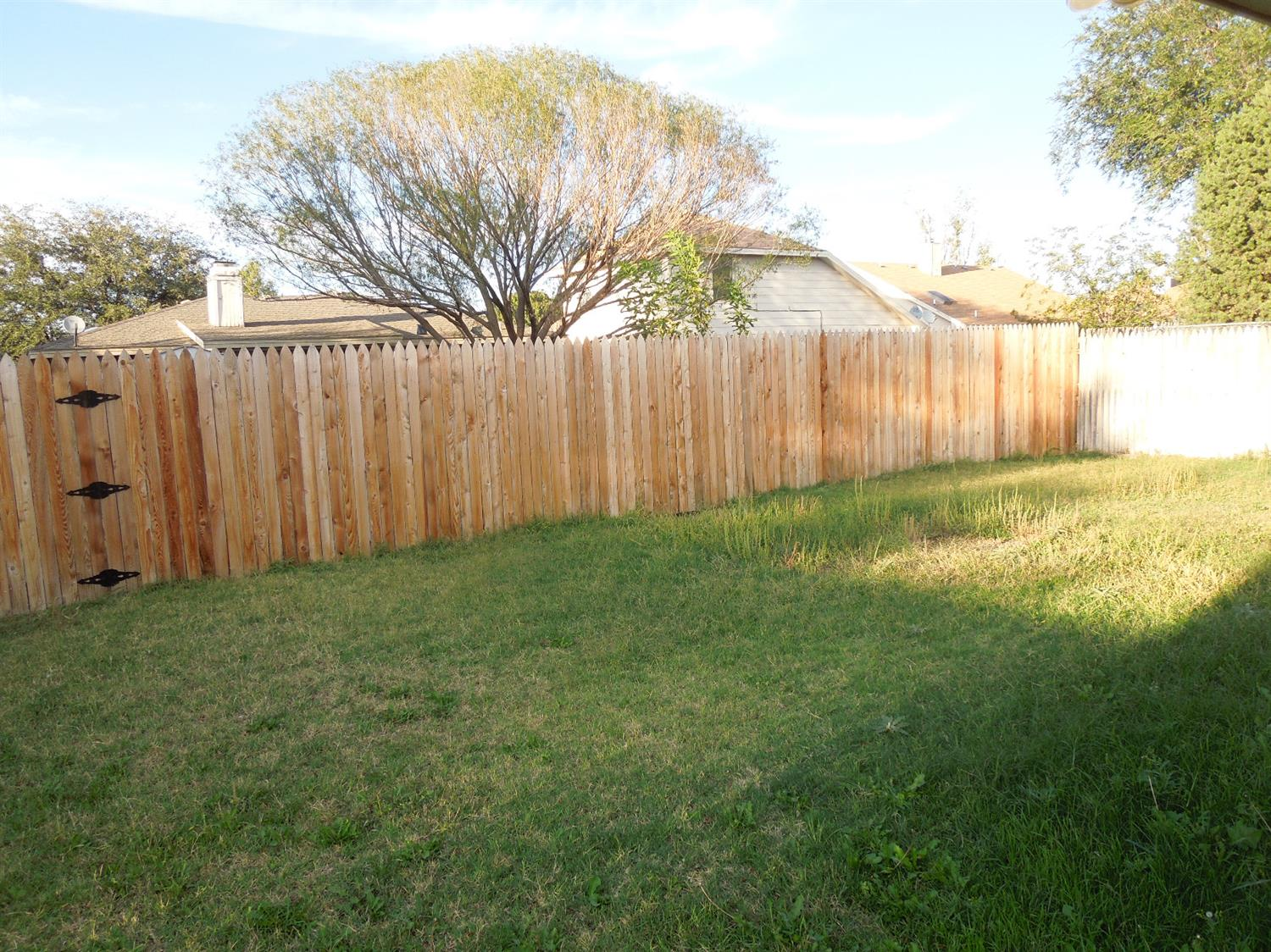 Photo of 2314 93rd Place  Lubbock  TX