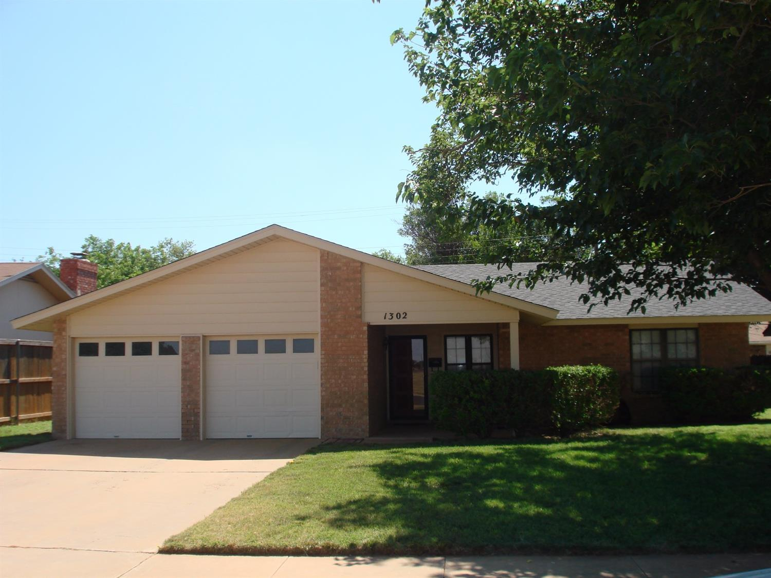 Photo of 1302 South Cedar  Brownfield  TX