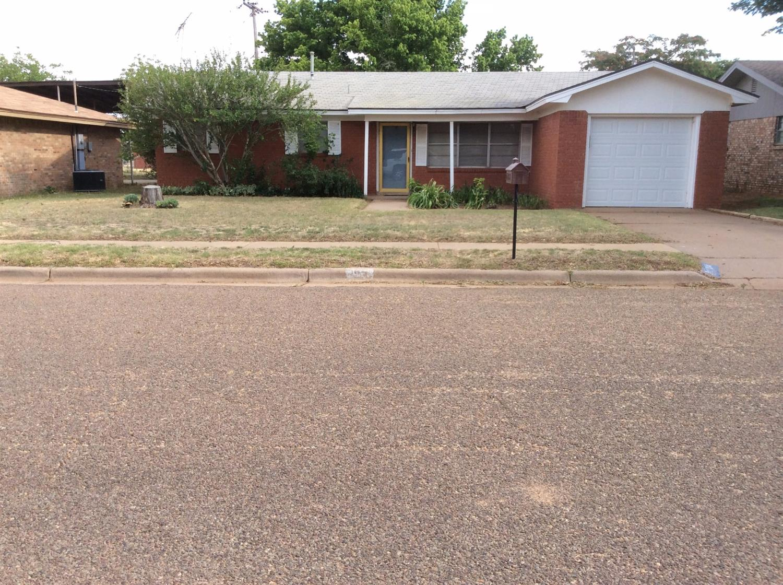 Photo of 104 Bobby Street  Levelland  TX
