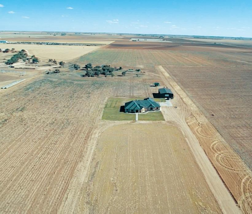 Photo of 9204 East County Road 6300  Idalou  TX