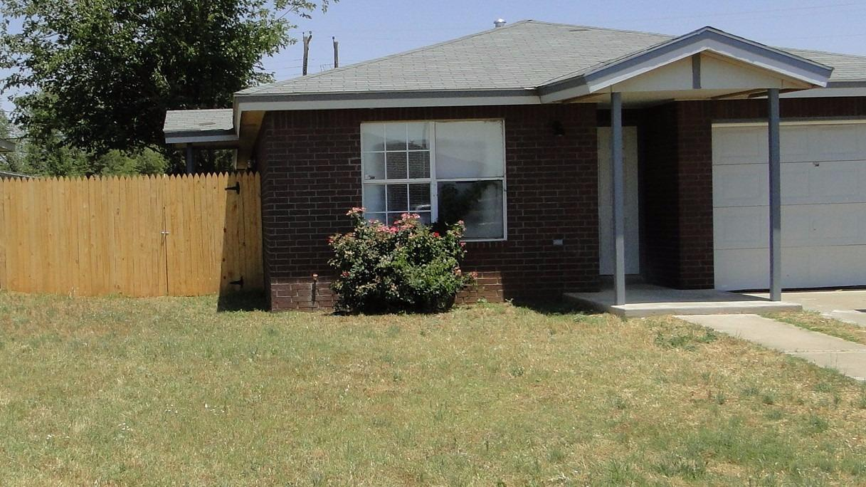 Photo of 308 44th Street  Lubbock  TX