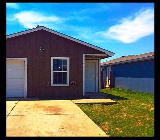 Photo of 107 74th Street  Lubbock  TX