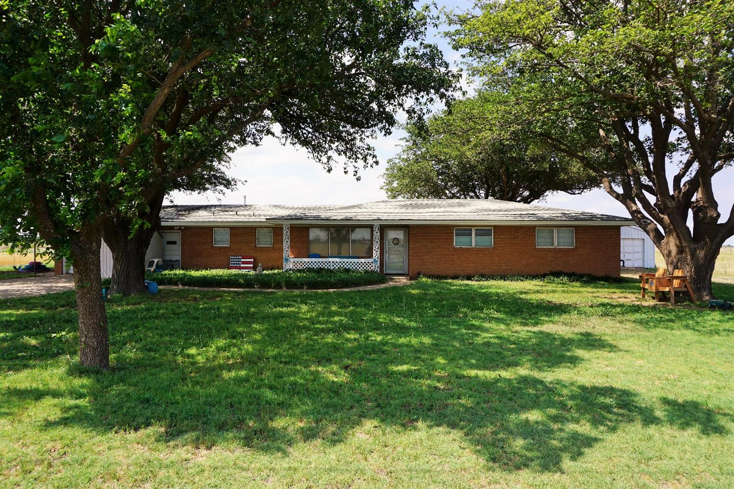 Photo of 10521 East Woodrow Road  Slaton  TX