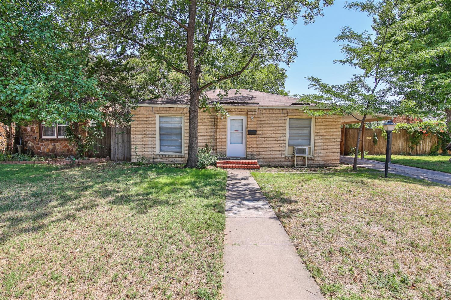 Photo of 2003 30th Street  Lubbock  TX