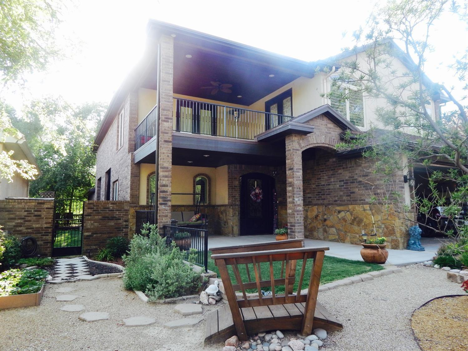 Photo of 31 West Lakeshore Drive  Ransom Canyon  TX