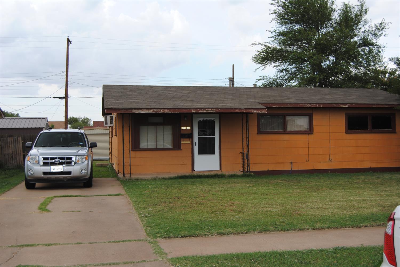 Photo of 2413 East 30th Street  Lubbock  TX