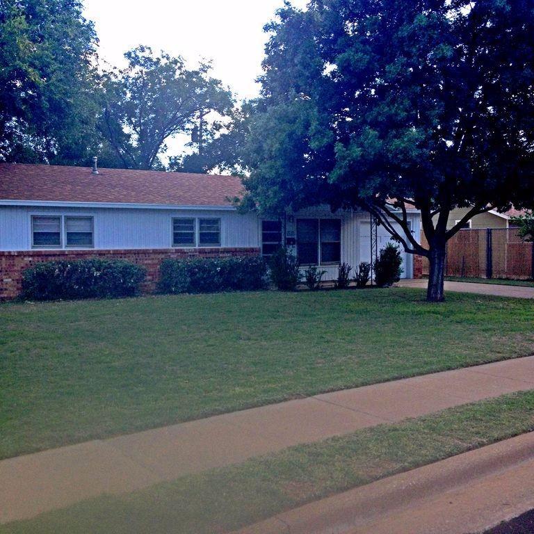 Photo of 1309 43rd Street  Lubbock  TX