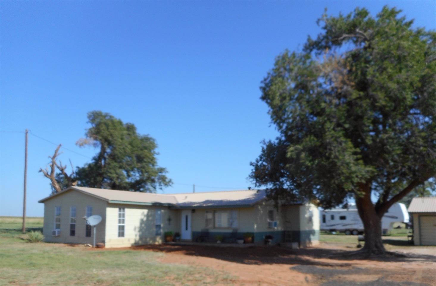 Photo of 3550 Horseshoe Road  Levelland  TX
