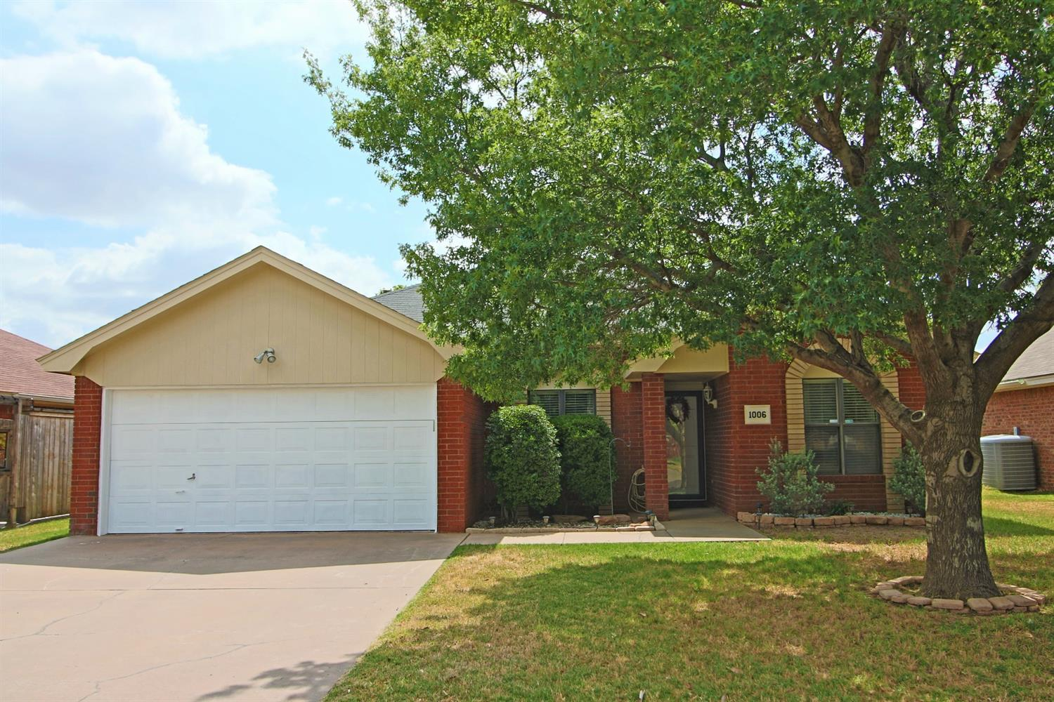 Photo of 1006 Justice Avenue  Lubbock  TX