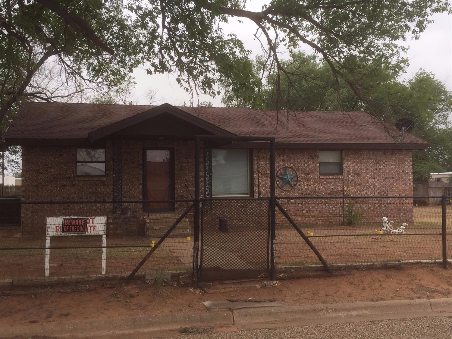 Photo of 103 West McCallon Street  Sundown  TX