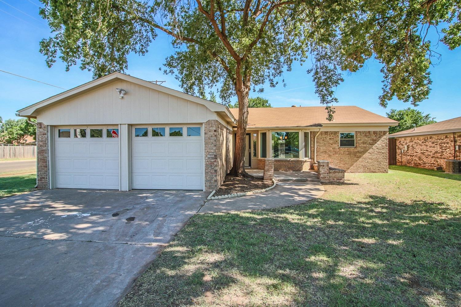 Photo of 5424 96th Street  Lubbock  TX