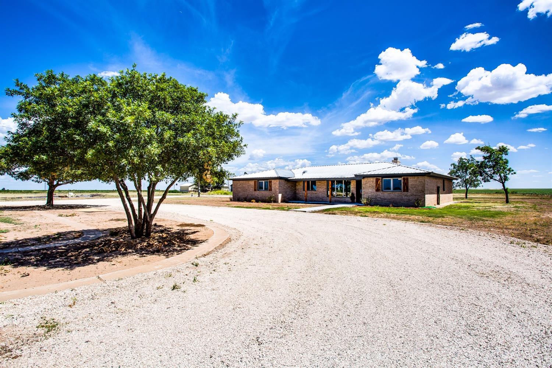 Photo of 5924 East County Road 7900 Road  Slaton  TX
