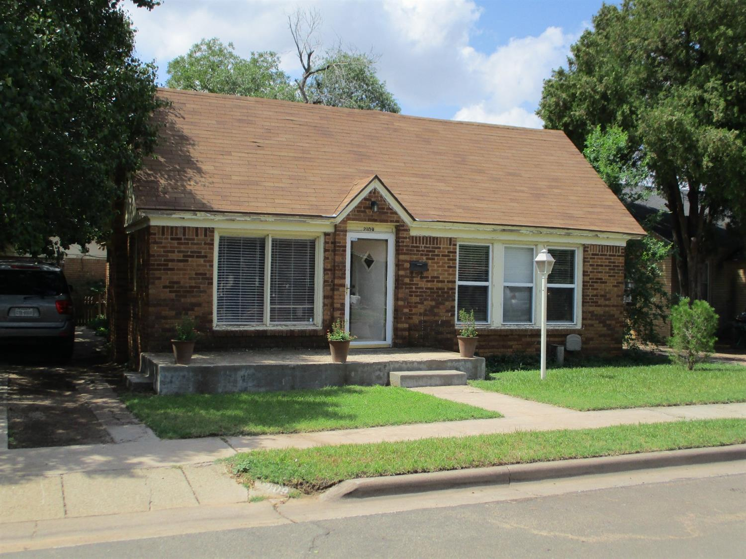 Photo of 2109 22nd Street  Lubbock  TX