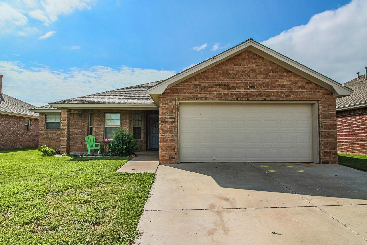 Photo of 1311 Yorkshire Avenue  Wolfforth  TX