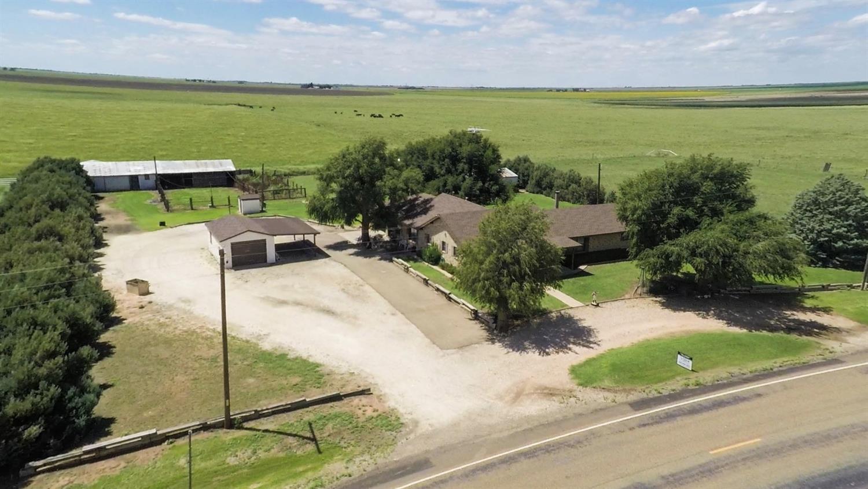 Photo of 530 Farm Road 1055  Earth  TX