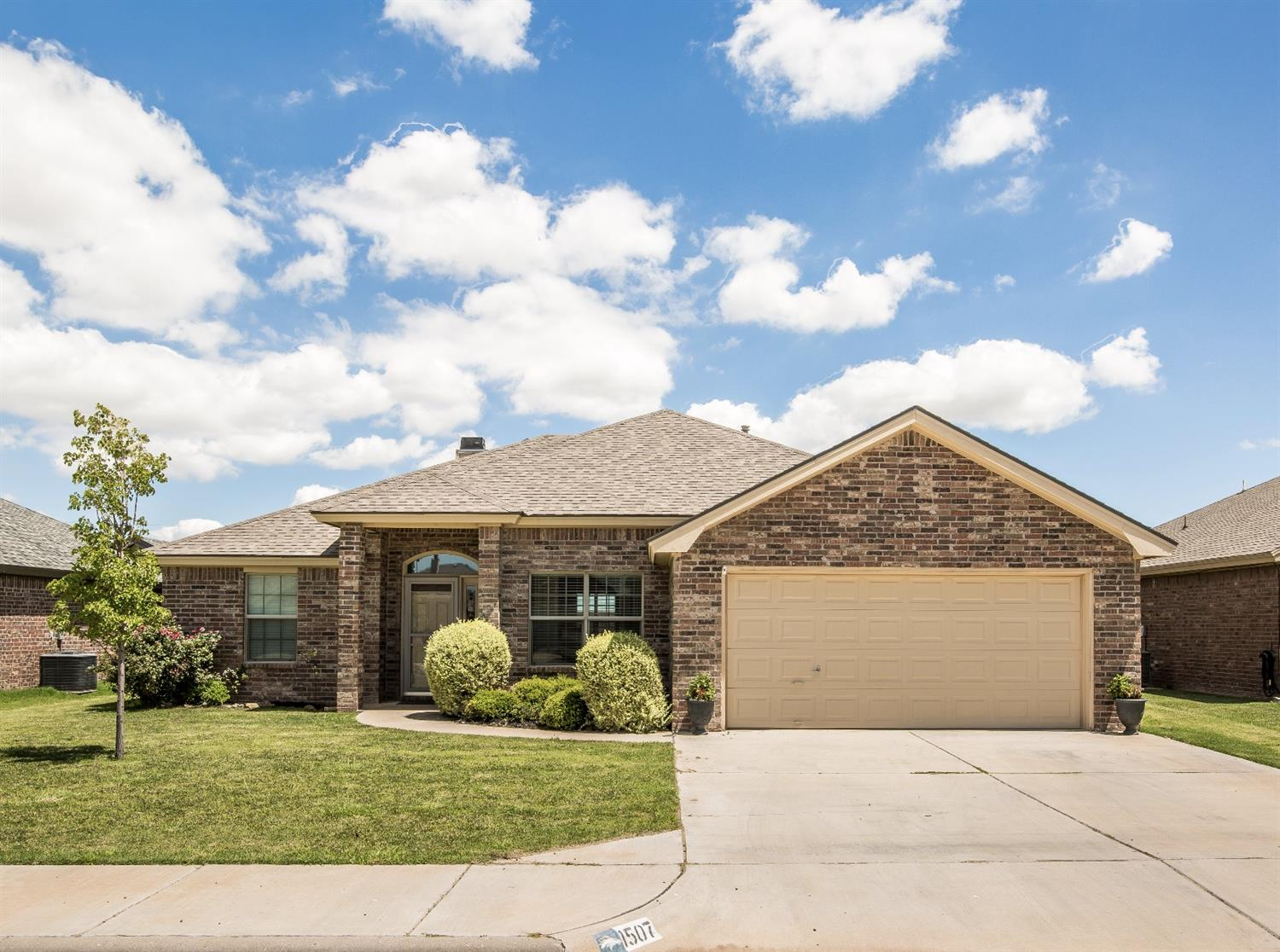 Photo of 1507 Yorkshire Avenue  Wolfforth  TX