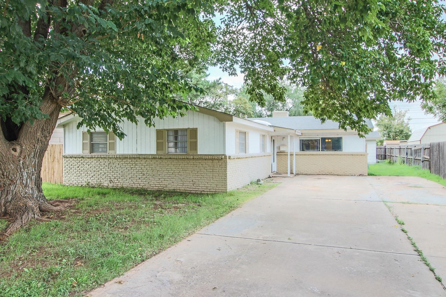 Photo of 5019 52nd Street  Lubbock  TX