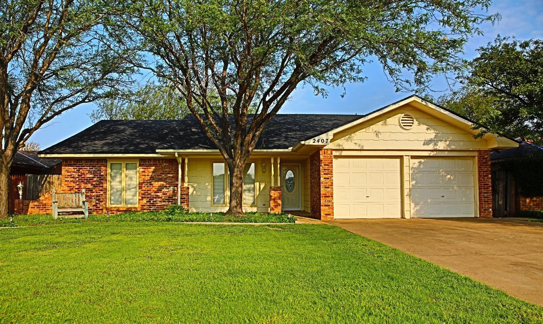 Photo of 2407 Jefferson Street  Plainview  TX