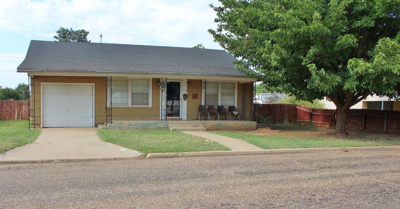 Photo of 1112 North 10th Street  Lamesa  TX