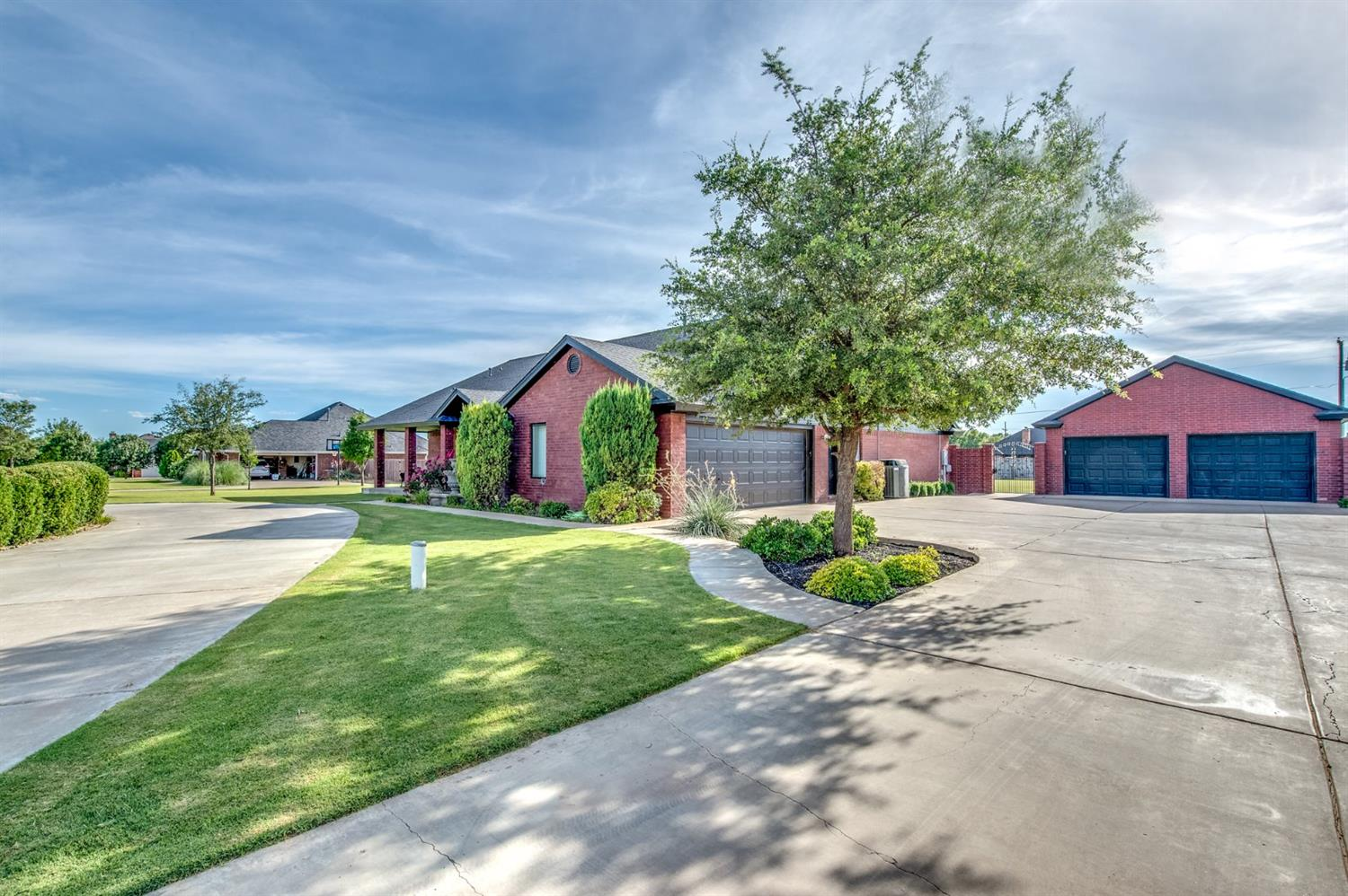 Photo of 509 Ave R  Shallowater  TX