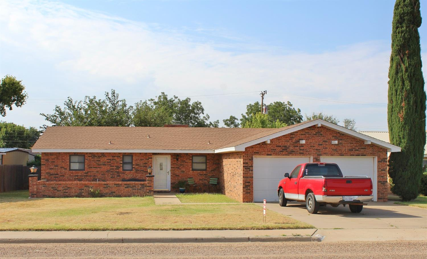 Photo of 511 19th Street  Seagraves  TX
