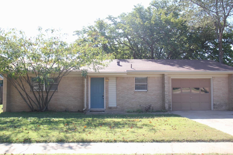 Photo of 718 West 5th Street  Idalou  TX