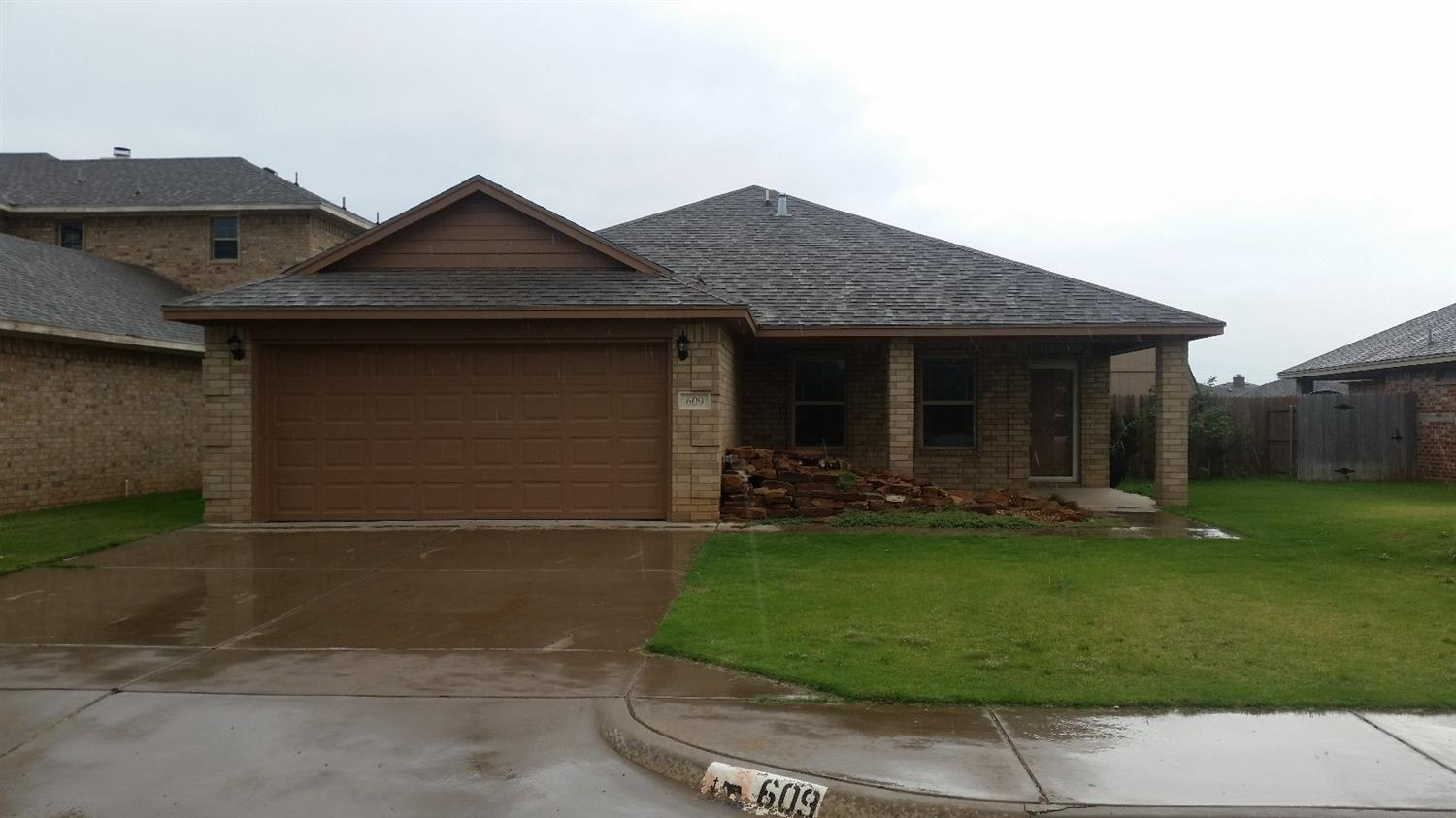 Photo of 609 North 5th Street  Wolfforth  TX