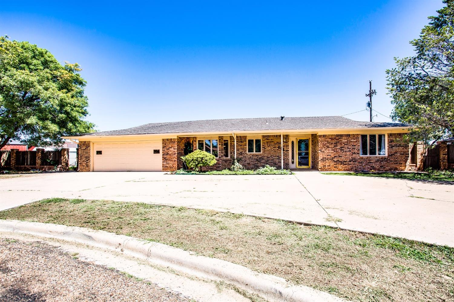 Photo of 810 6th Street  Wolfforth  TX