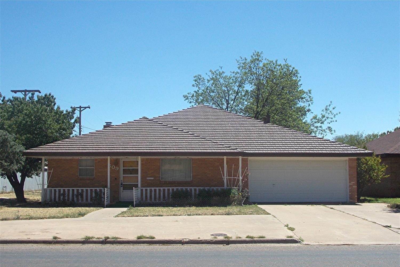 609 16th Street Abernathy, TX 79311