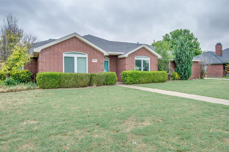 1704 Ave J Abernathy, TX 79311