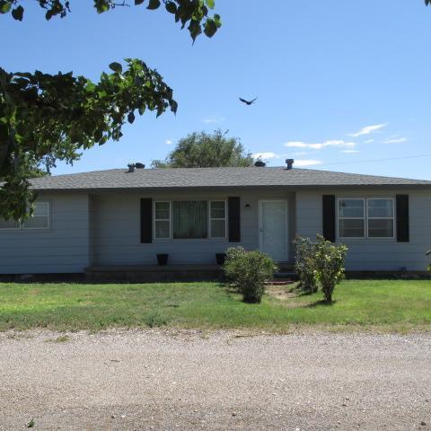 4010 E Farm Road 1585 Slaton, TX 79364